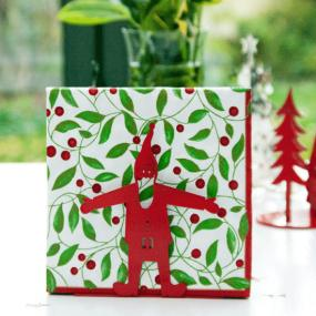 Leaves And Berries Christmas Luncheon Napkins By Caspari