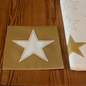 Gold and White Star Linen Feel Christmas Dinner Napkins