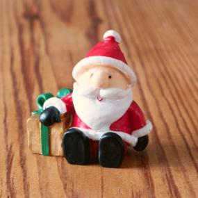 Cute Santa Christmas Cake Decoration
