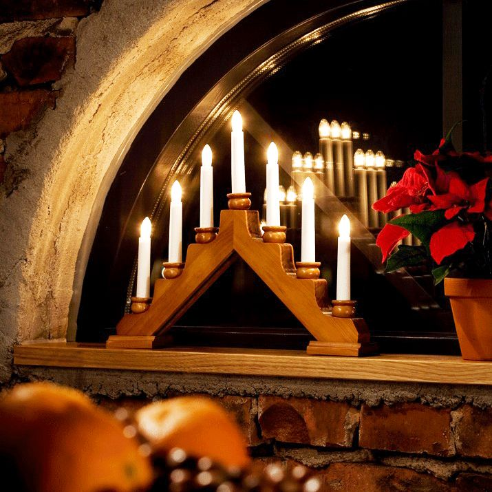 Oak stained christmas candle arch with candle holders for Arch candle christmas decoration