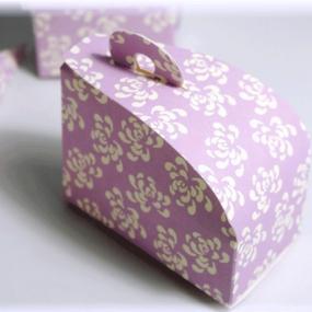 Vintage Print Lilac Cake Box